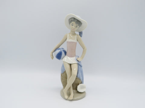 Retired Summer Lladro 5219