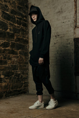 TE1635-04 Disrupt Hoody - Black