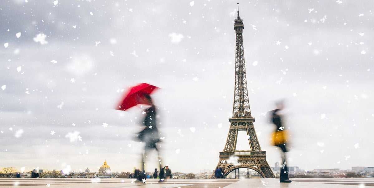 Snowy Day at Eiffel Tower