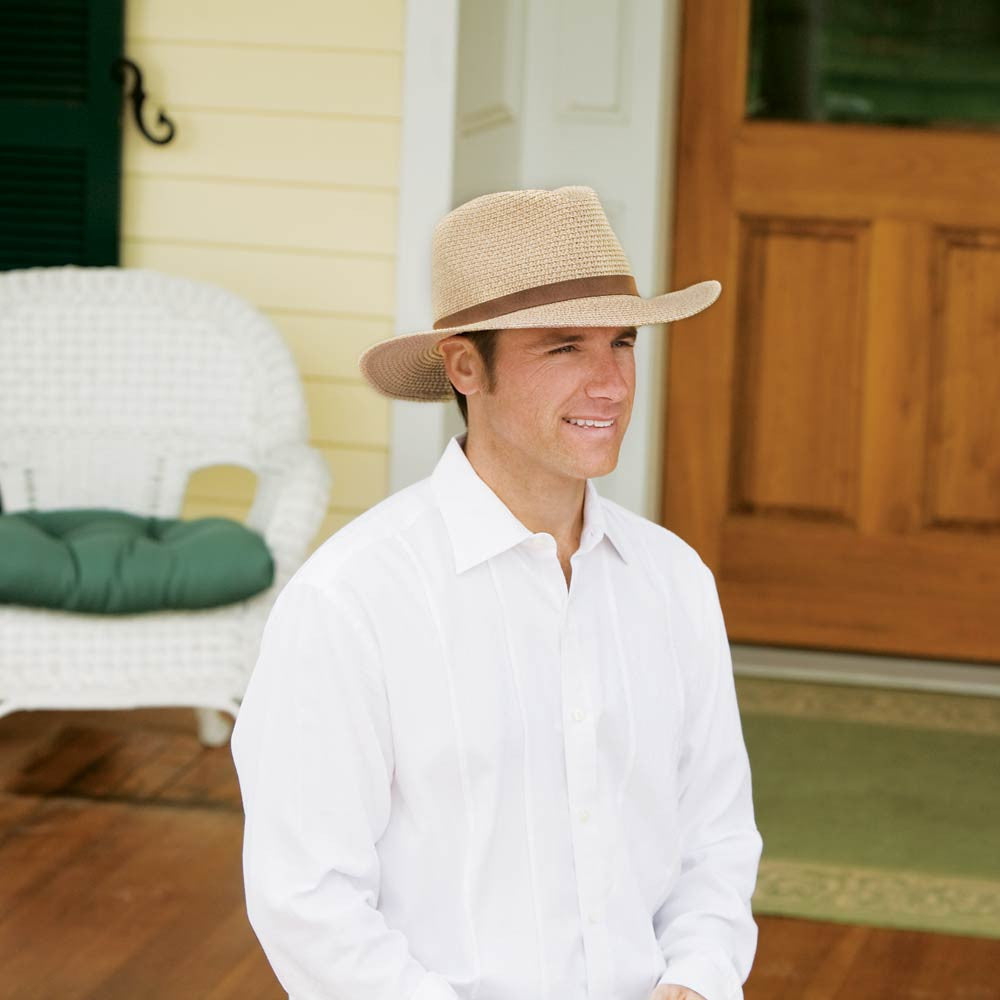 5274c5dad8c99 Mens Sun Hat in Color Brown Style Outback by Wallaroo · Kevin Wearing the  Outback Sun Hat on His Front Porch in Sunny Weather