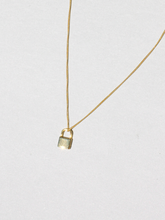 Load image into Gallery viewer, SEINE MINI LOCK NECKLACE