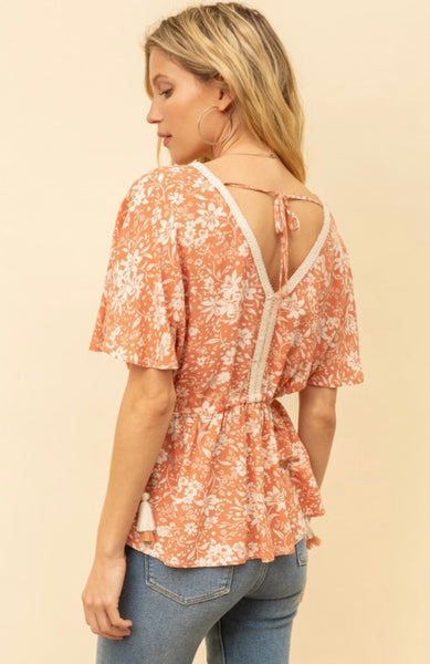 Side Cinch Floral Top