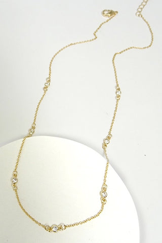Dainty Rhinestone Detail Necklace
