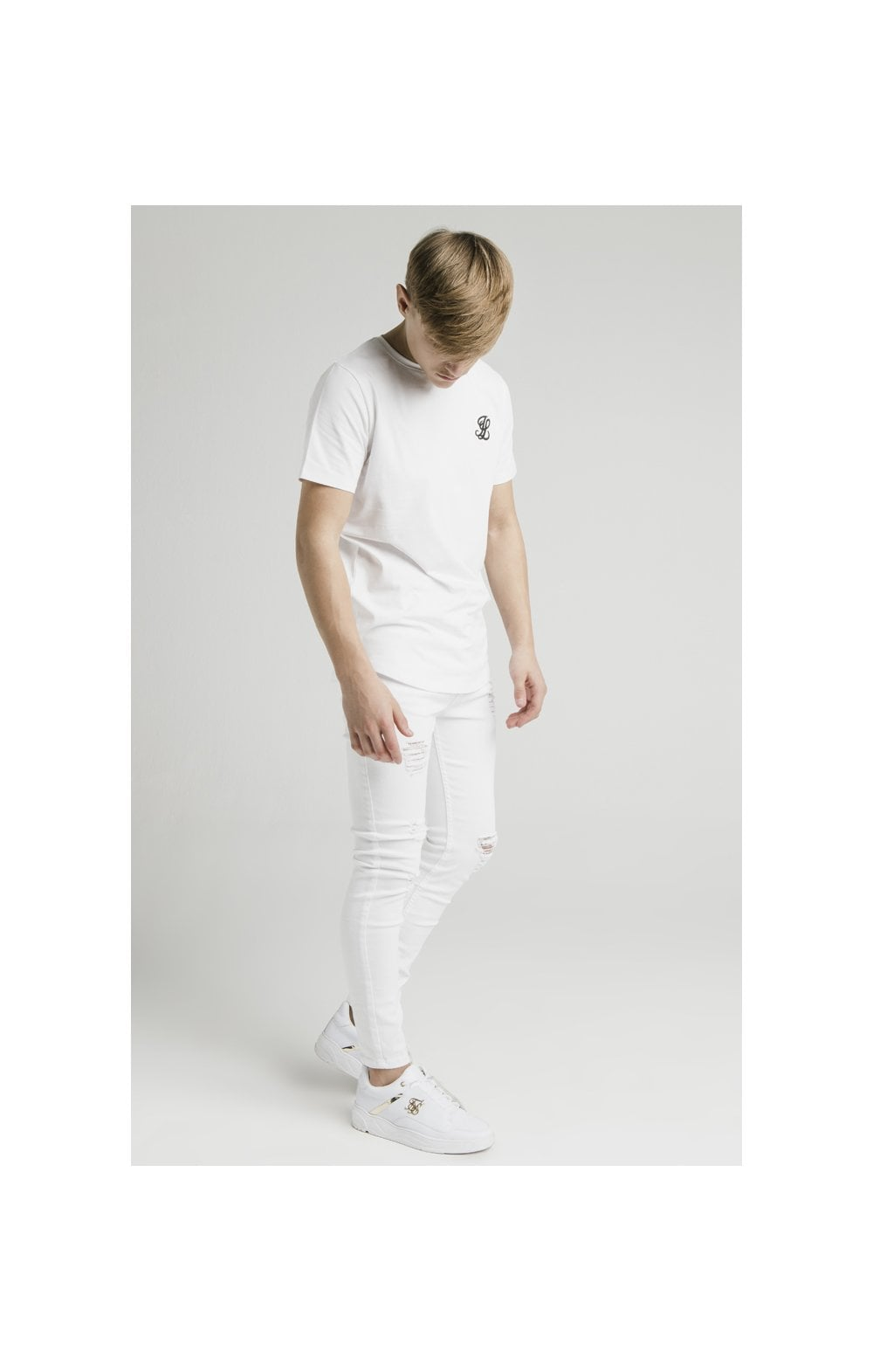 Illusive London Curved Hem Tee - White (6)