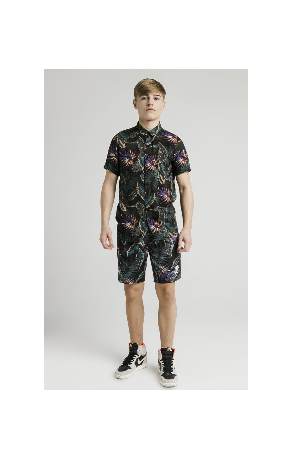 Load image into Gallery viewer, Illusive London Resort Shirt - Palm Print (2)