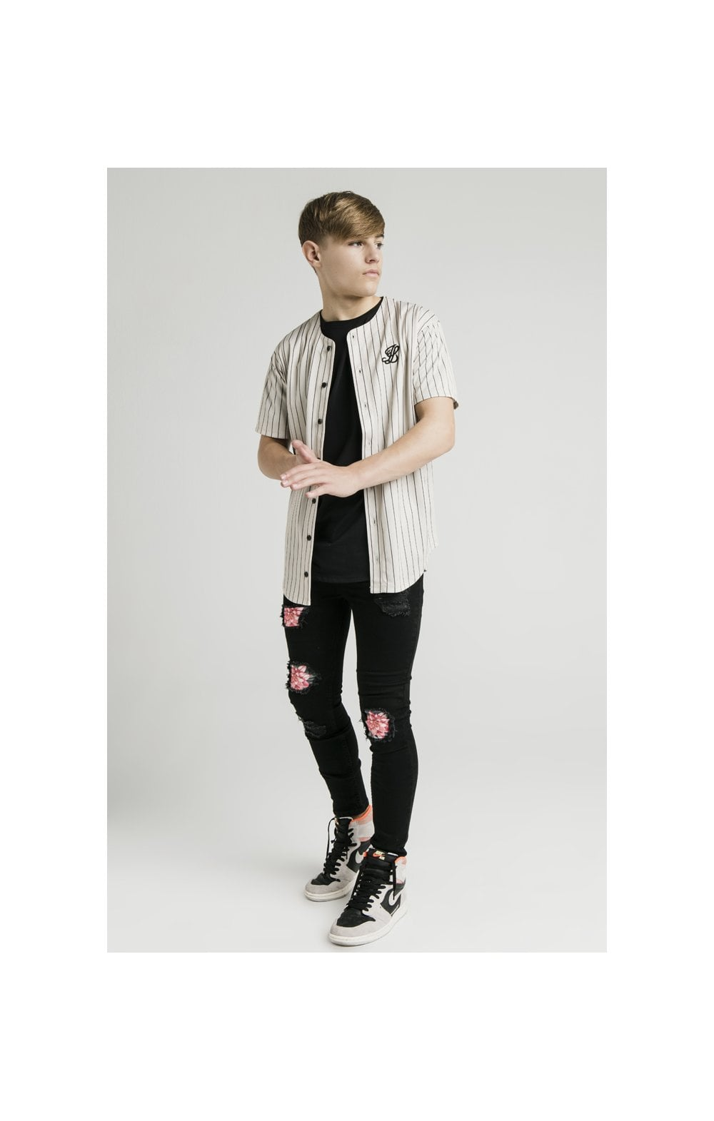 Illusive London Baseball Jersey - Ecru (3)