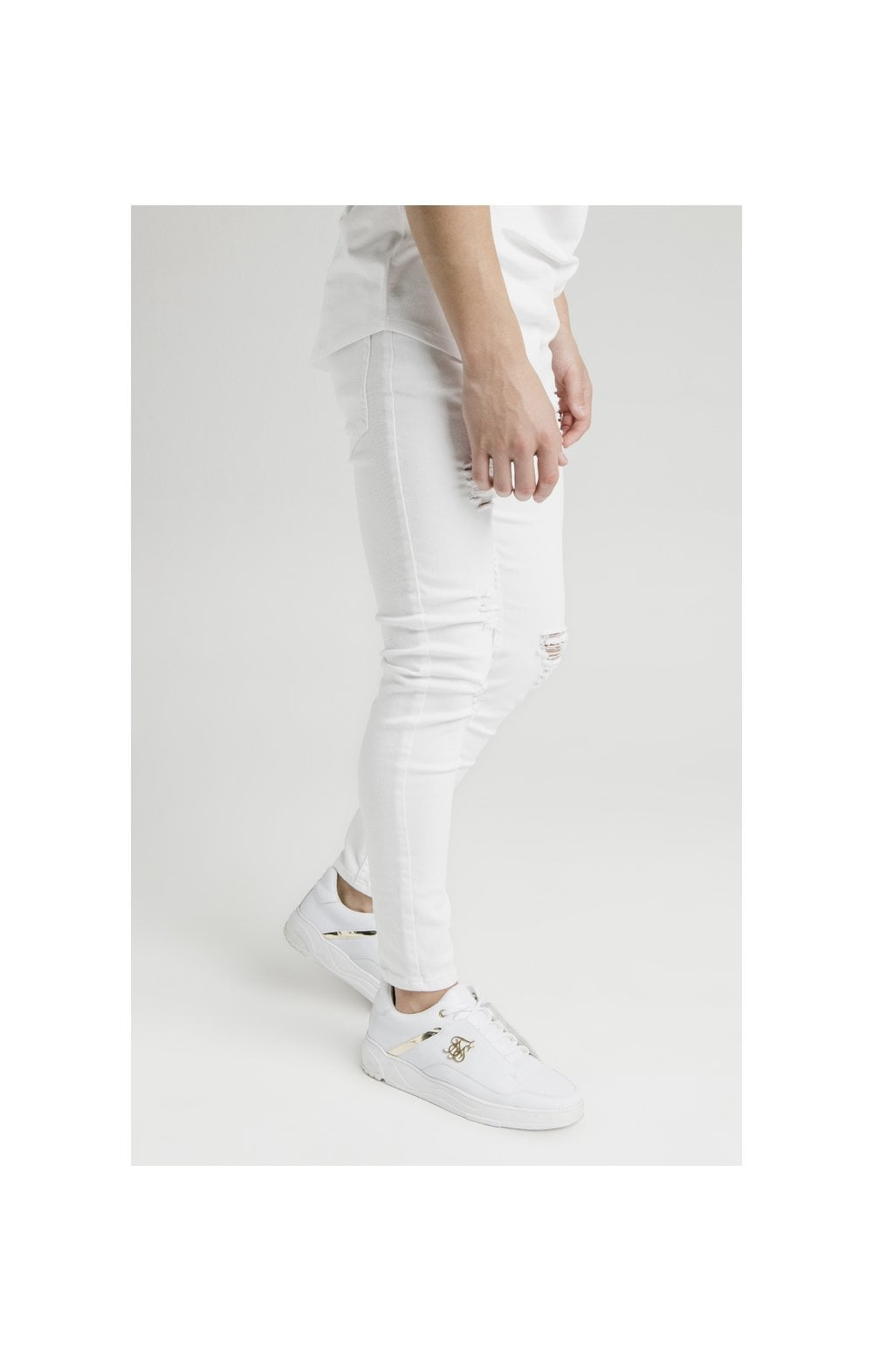 Illusive London Distressed Skinny Denims - White (1)