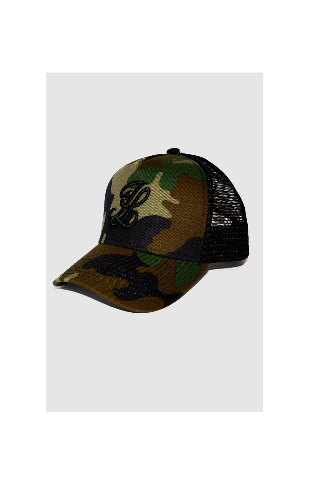 Load image into Gallery viewer, Illusive London Bent Peak Trucker - Black & Camo