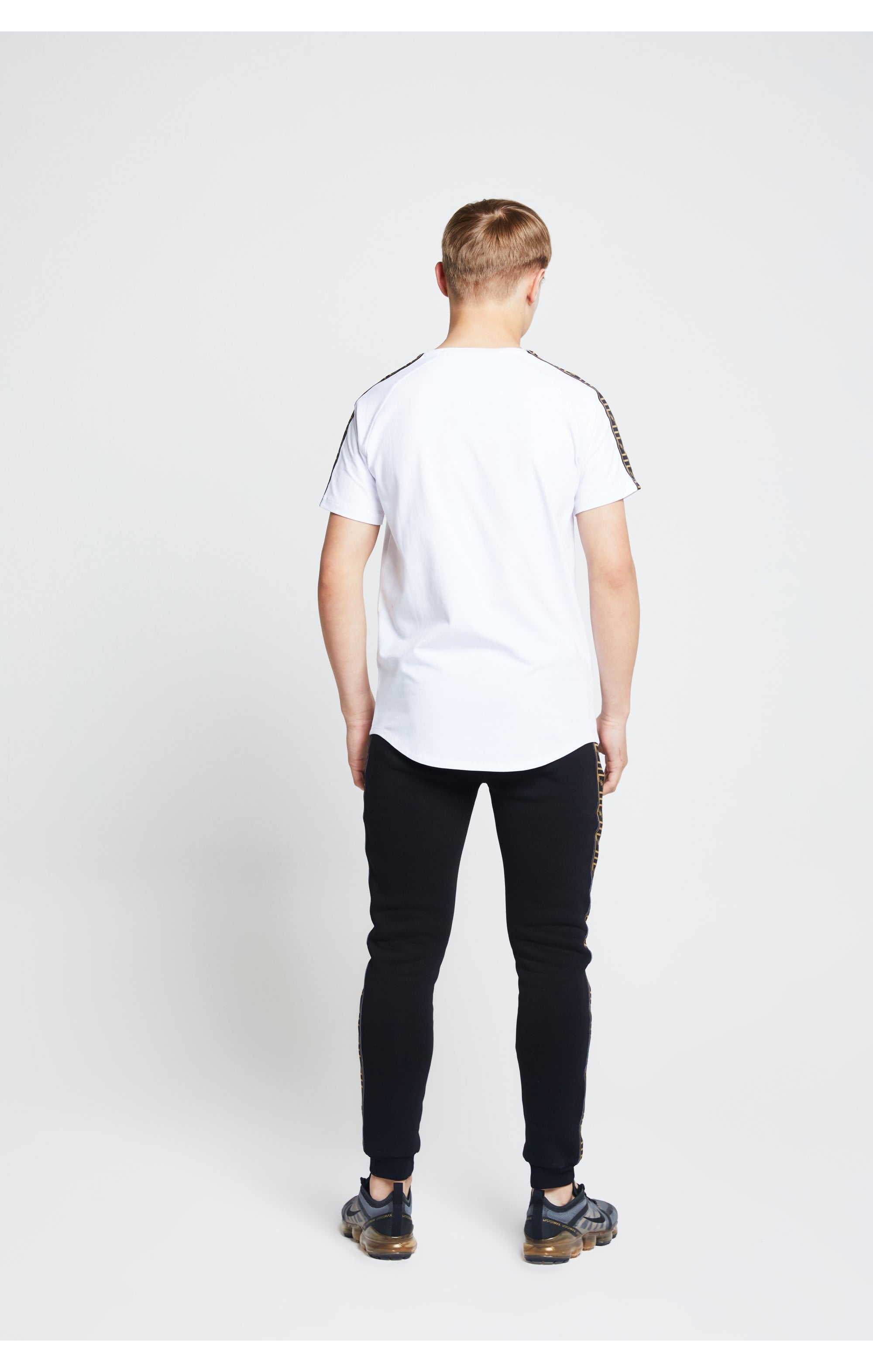 Load image into Gallery viewer, Illusive London S/S Taped Raglan Tee – White (4)