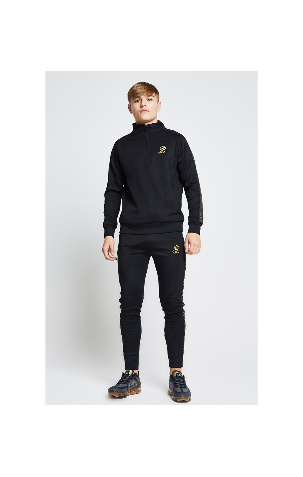 Illusive London Funnel Neck 1/4 Zip Hoodie - Black (2)