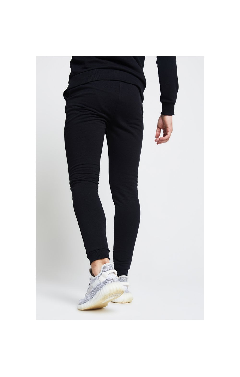 Illusive London Joggers – Black (2)