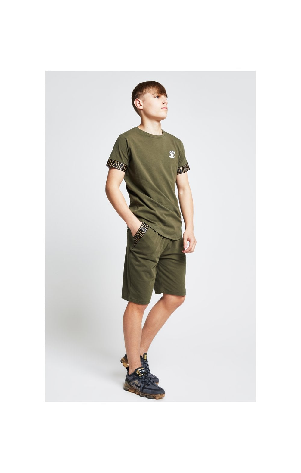 Illusive London Tech Tee - Khaki (3)