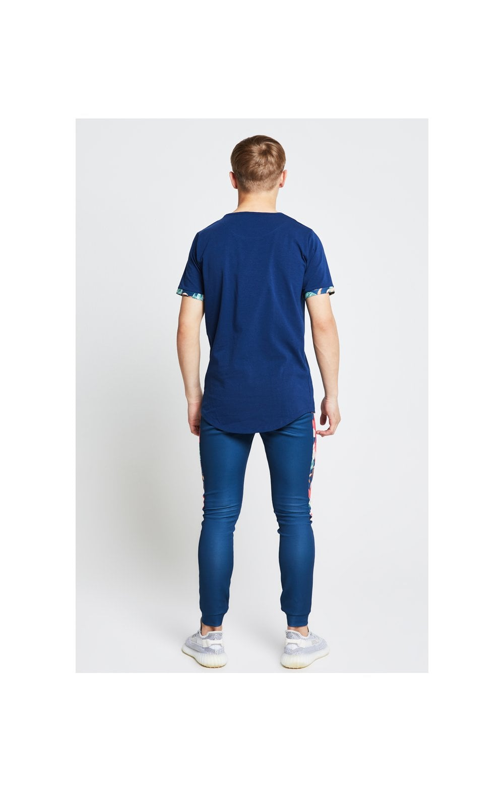 Illusive London Contrast Cuff Tee – Teal & Tropical Leaf (4)