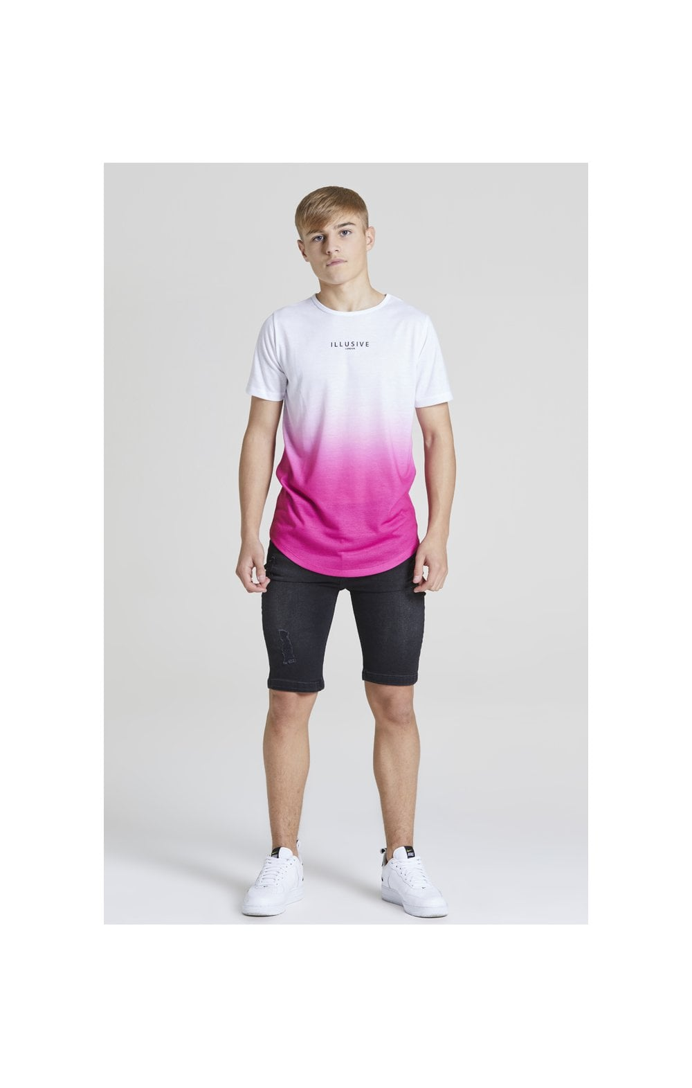 Illusive London Core Fade Tee – White & Pink (2)