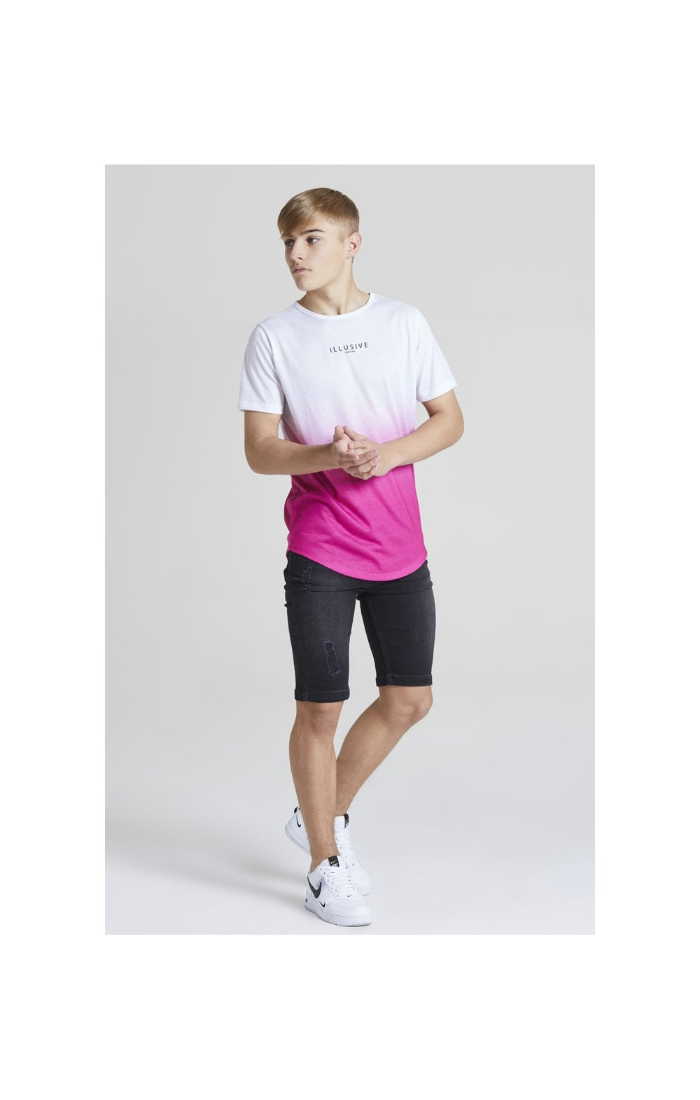 Illusive London Core Fade Tee – White & Pink (4)