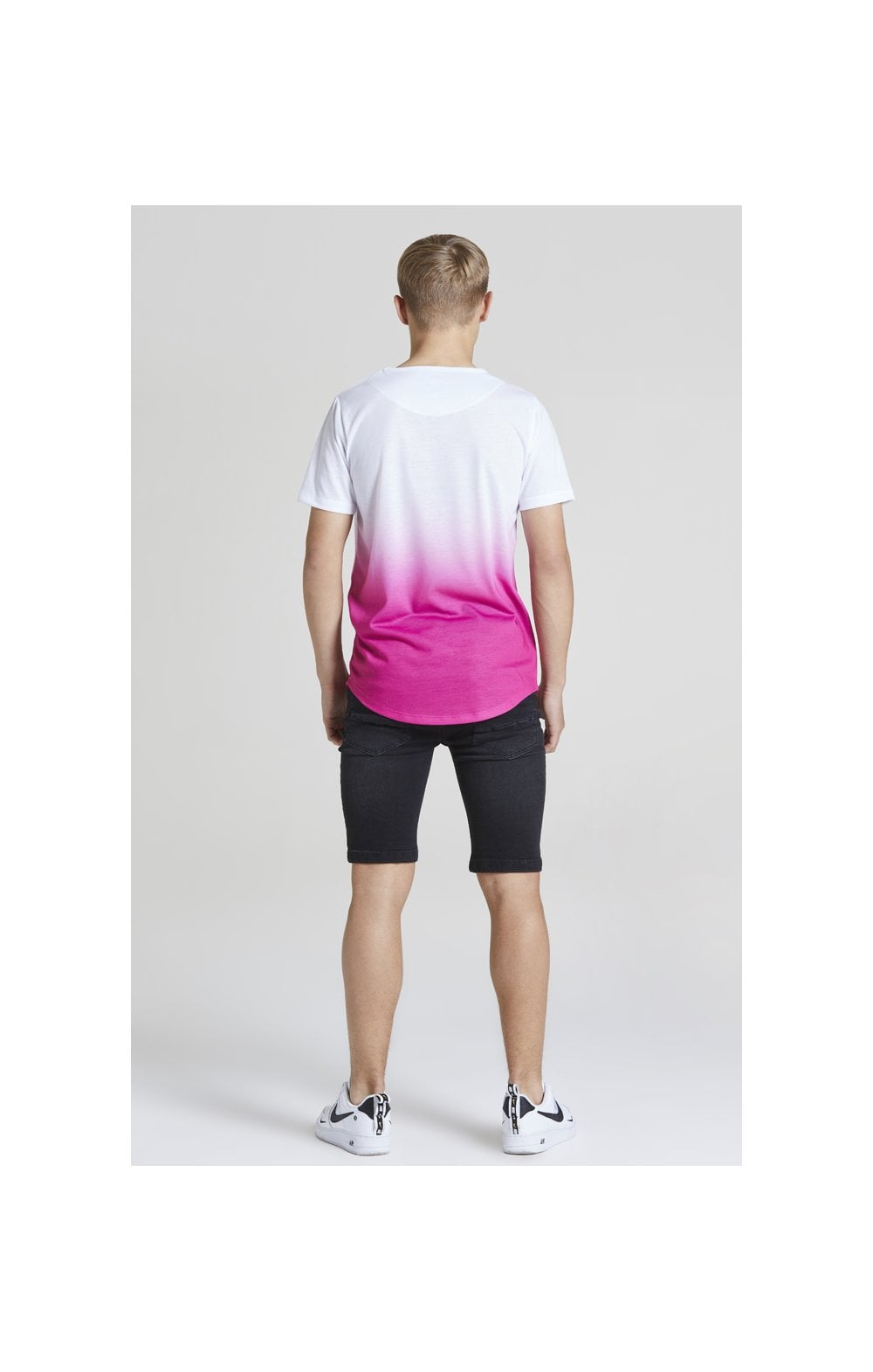 Illusive London Core Fade Tee – White & Pink (5)