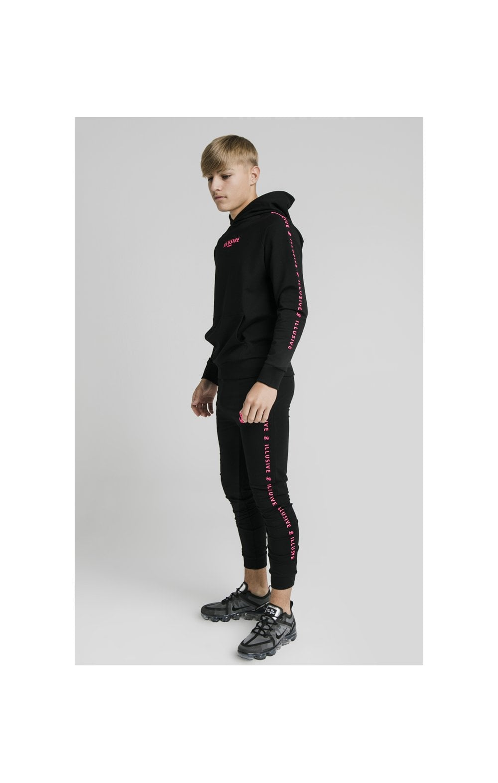 Illusive London Cuffed Joggers – Black & Pink (3)