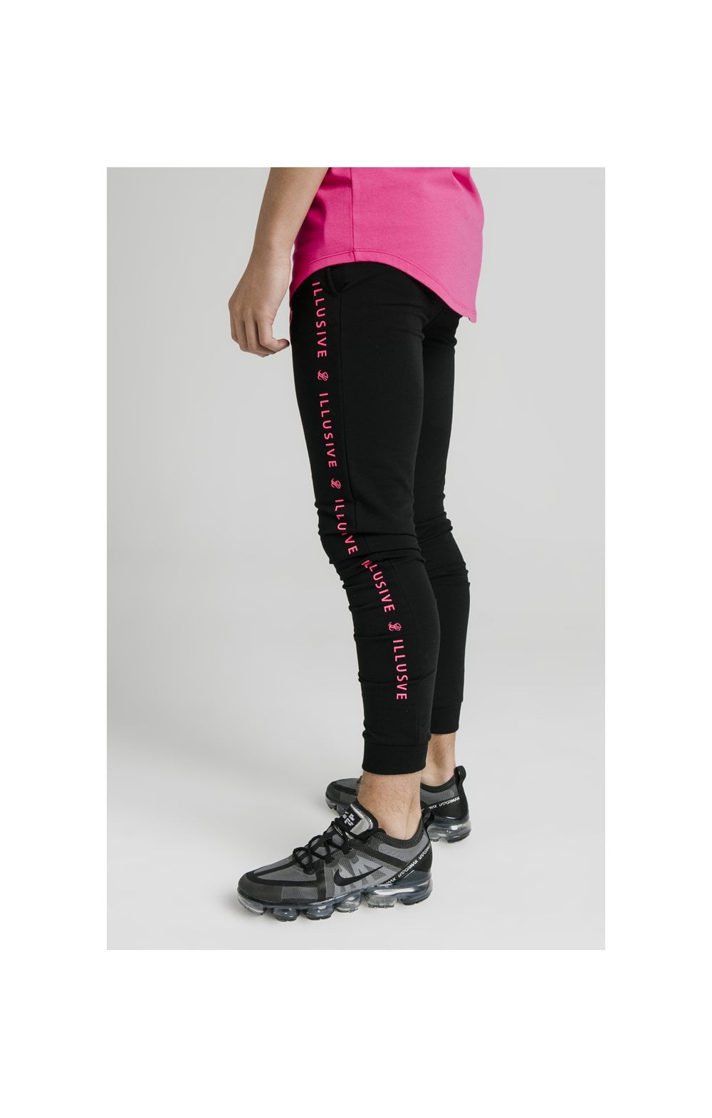 Illusive London Cuffed Joggers – Black & Pink (1)