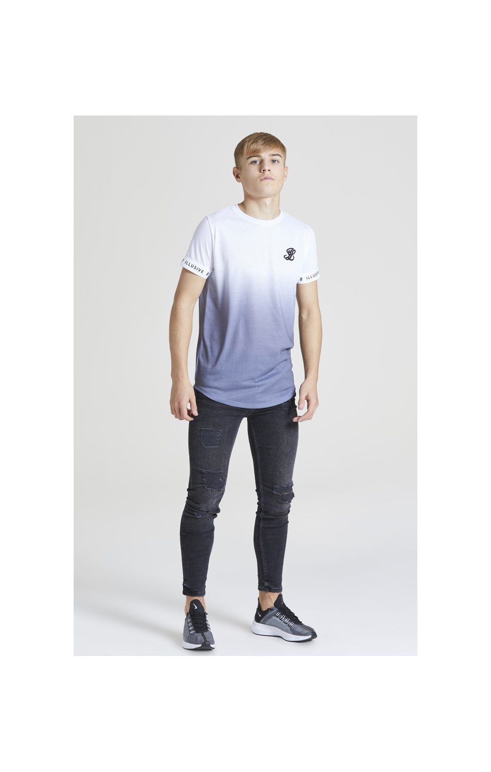 Load image into Gallery viewer, Illusive London Fade Tech Tee – White & Grey (2)