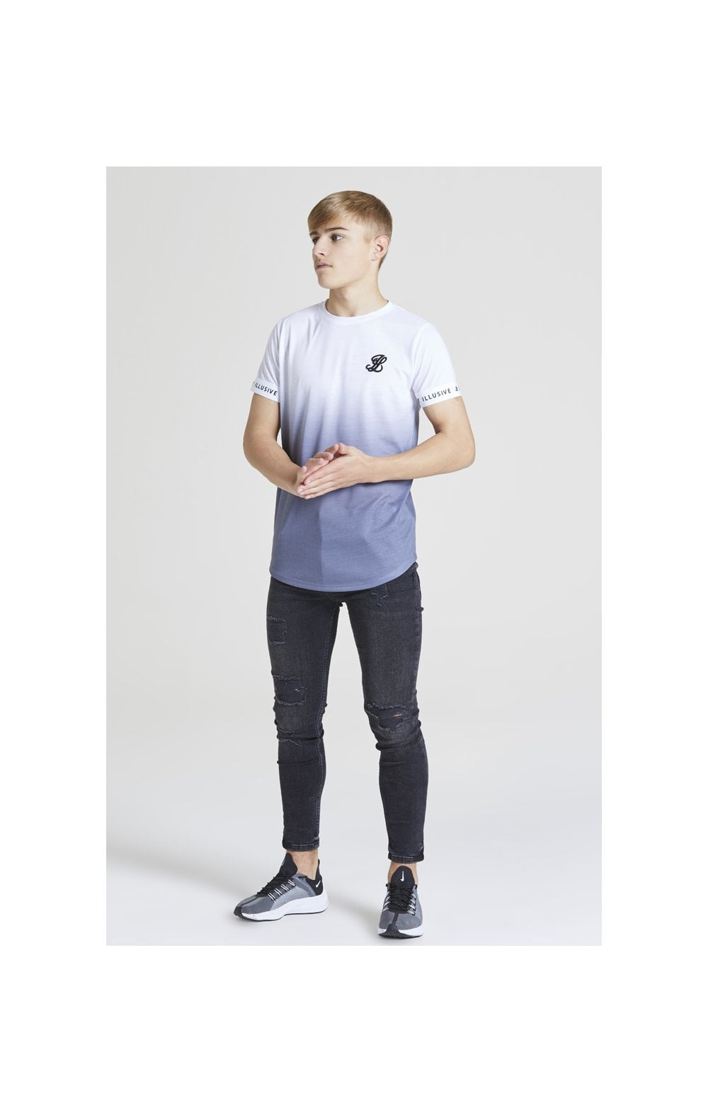 Load image into Gallery viewer, Illusive London Fade Tech Tee – White & Grey (3)