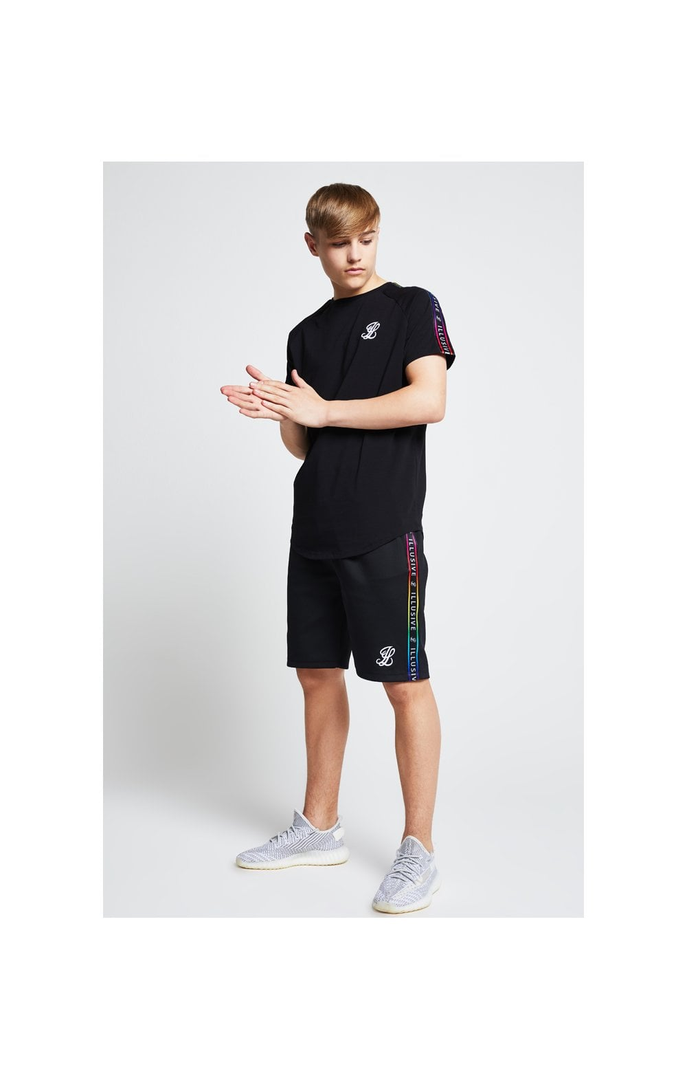 Illusive London Taped Raglan Tee - Black (3)