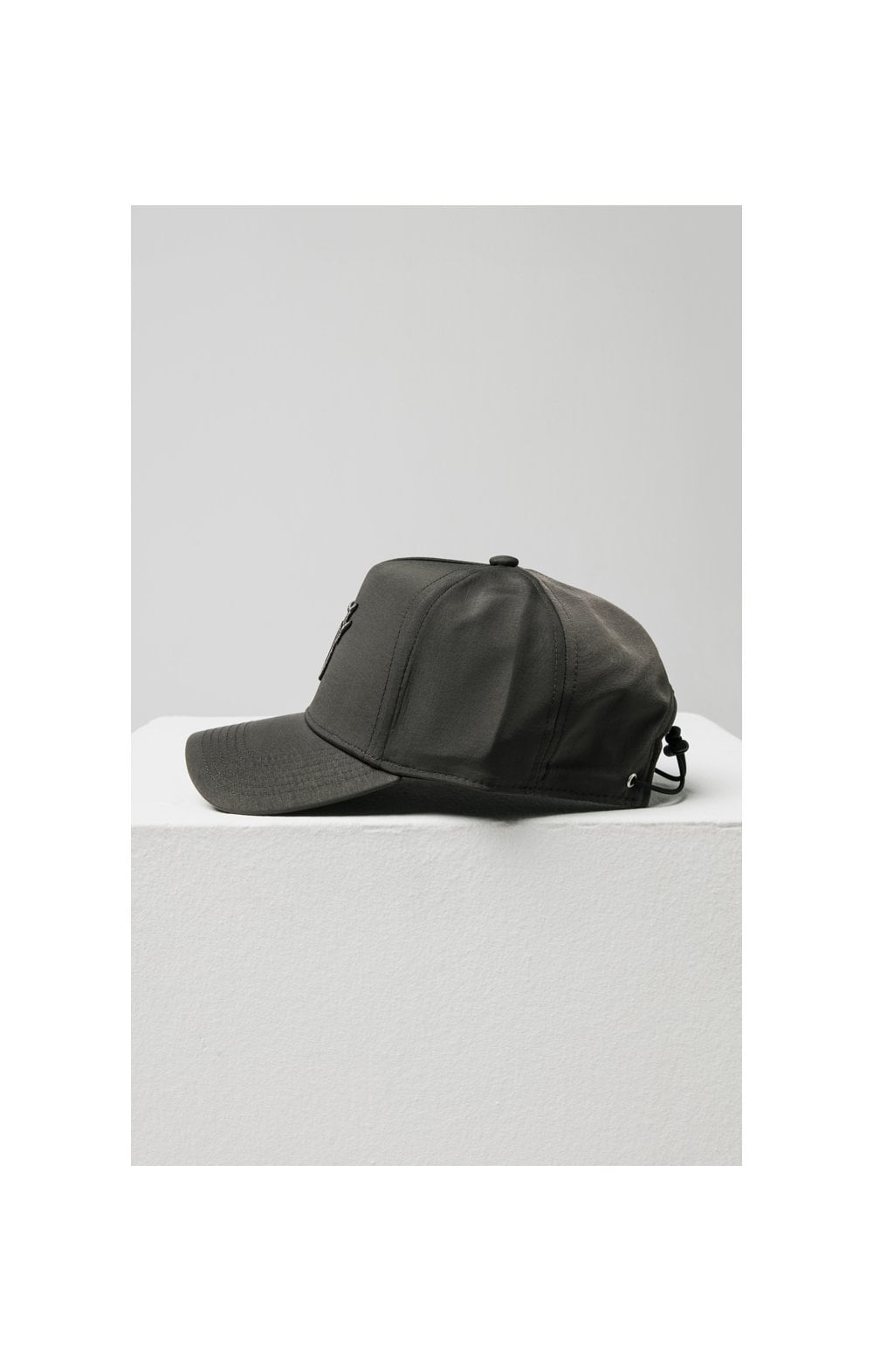 Load image into Gallery viewer, SikSilk Crushed Nylon Full Trucker - Charcoal (2)