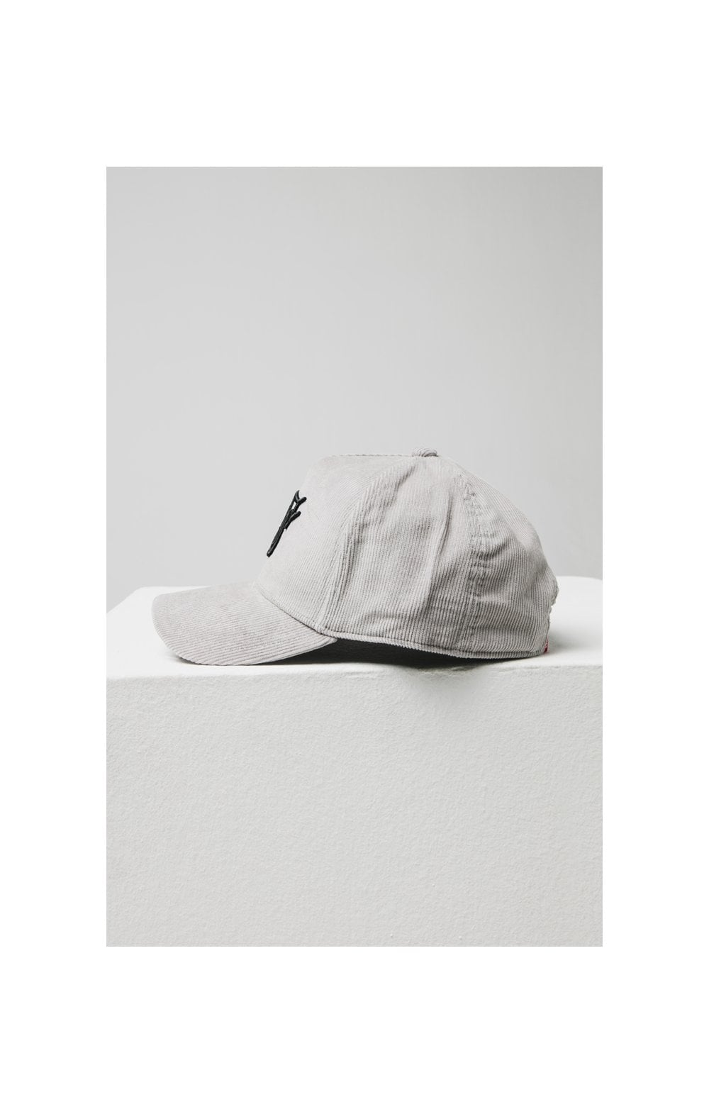 SikSilk Corduroy Full Trucker - Light Grey (3)