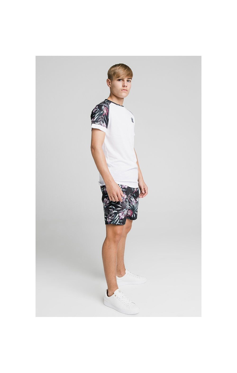 Load image into Gallery viewer, Illusive London Tropical Tee - White (4)