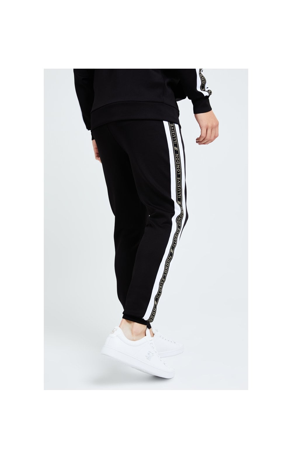 Illusive London Diverge Jogger - Black Gold & White (3)
