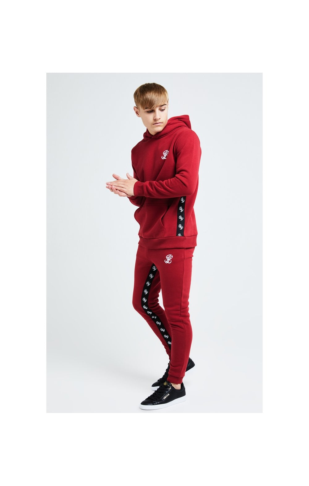 Illusive London Gravity Overhead Hoodie - Red (3)