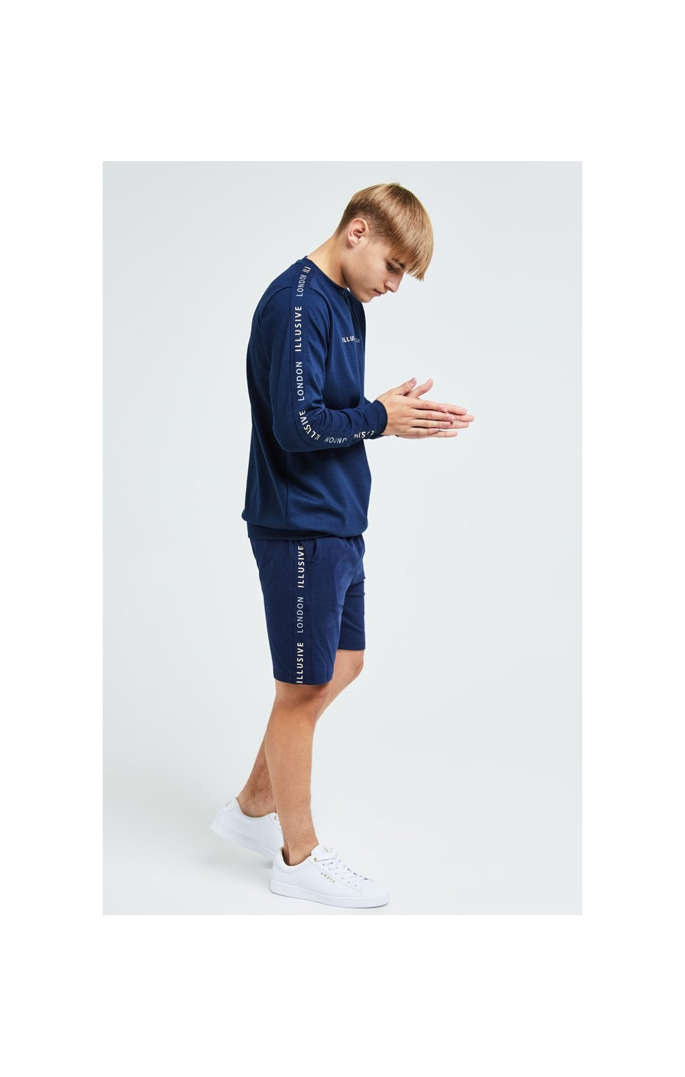 Load image into Gallery viewer, Illusive London Legacy Crew Sweater - Navy & Cream (4)