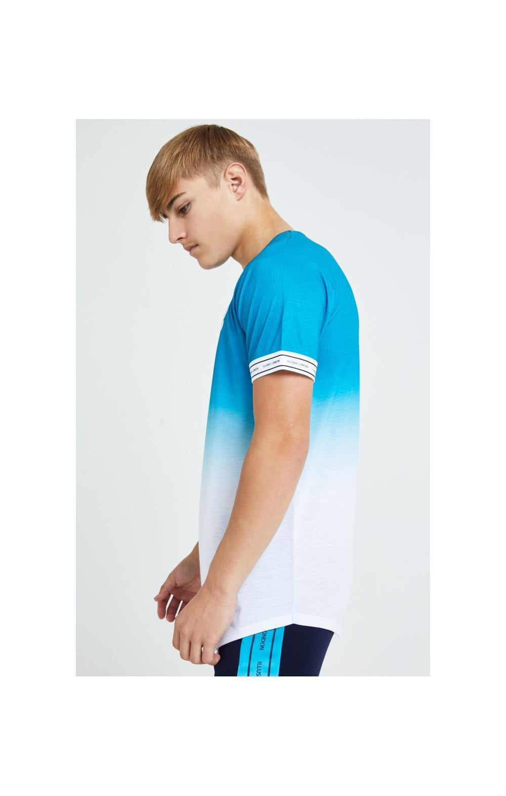Load image into Gallery viewer, Illusive London Flux Tech Tee - Blue & White (2)