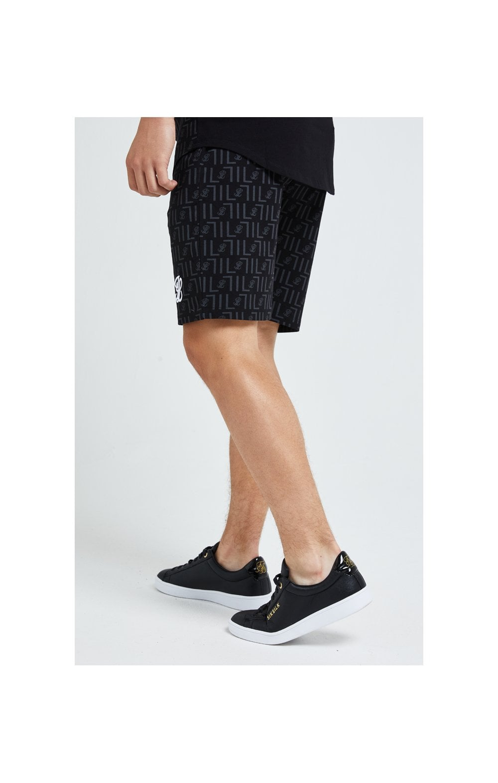 Load image into Gallery viewer, Illusive London Elite Shorts - Black (2)