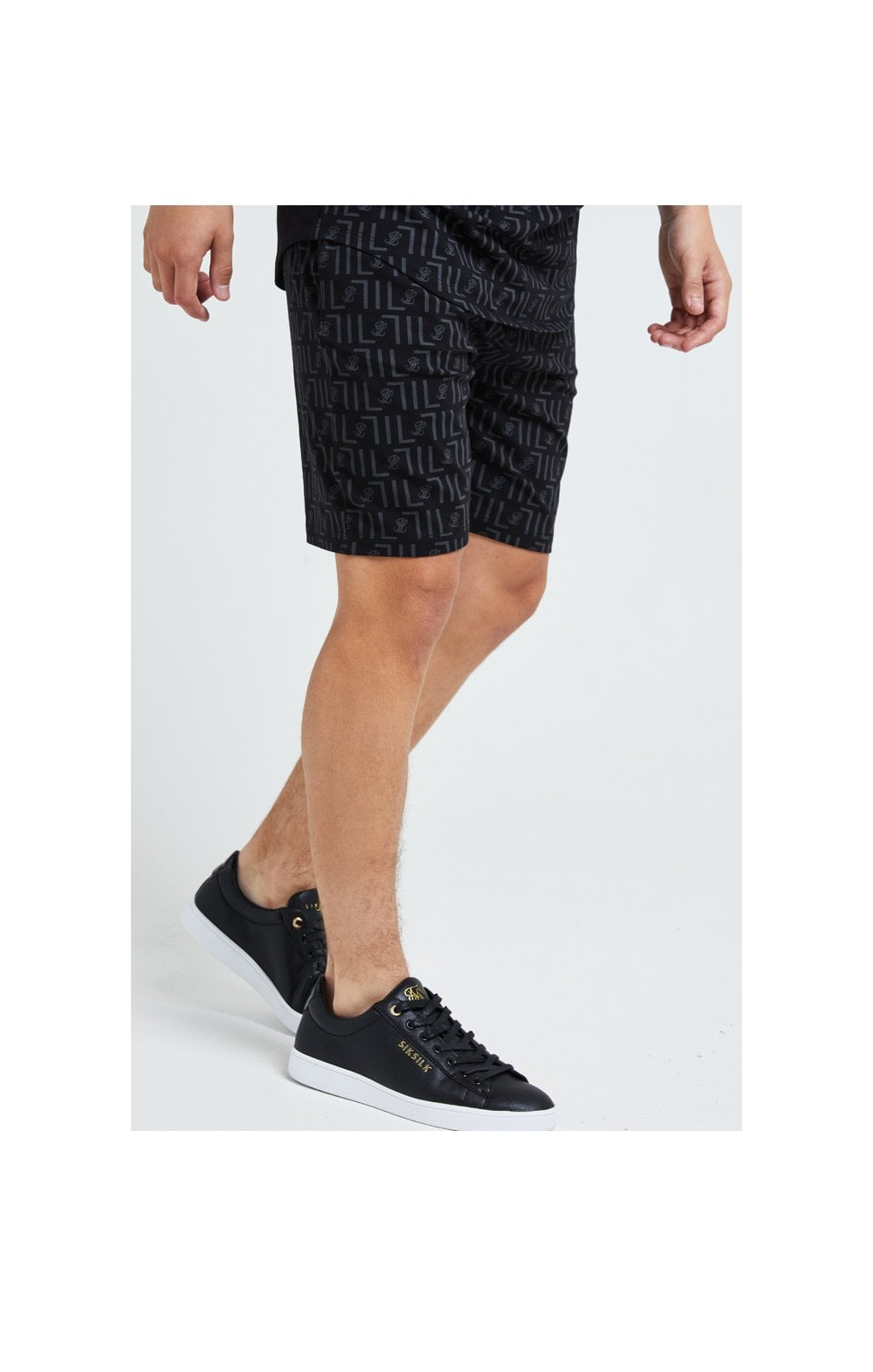 Load image into Gallery viewer, Illusive London Elite Shorts - Black (1)