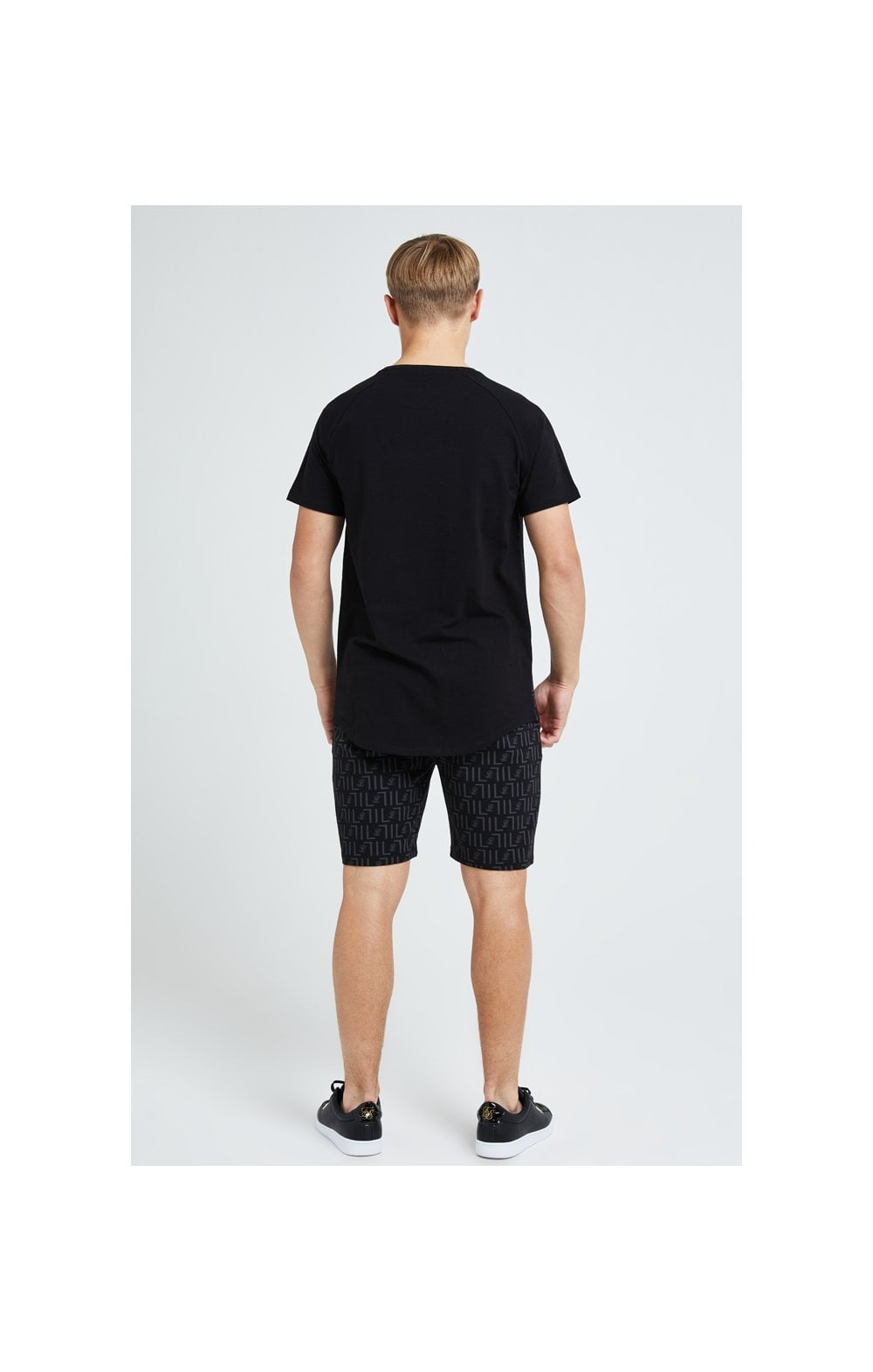 Load image into Gallery viewer, Illusive London Elite Shorts - Black (5)