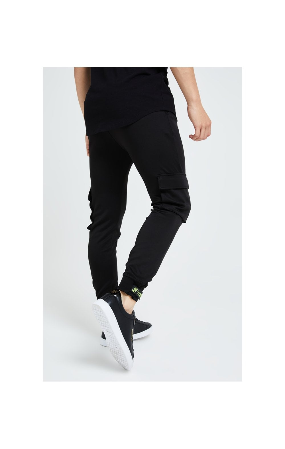 Illusive London Element Cargo Joggers - Black & Green (2)