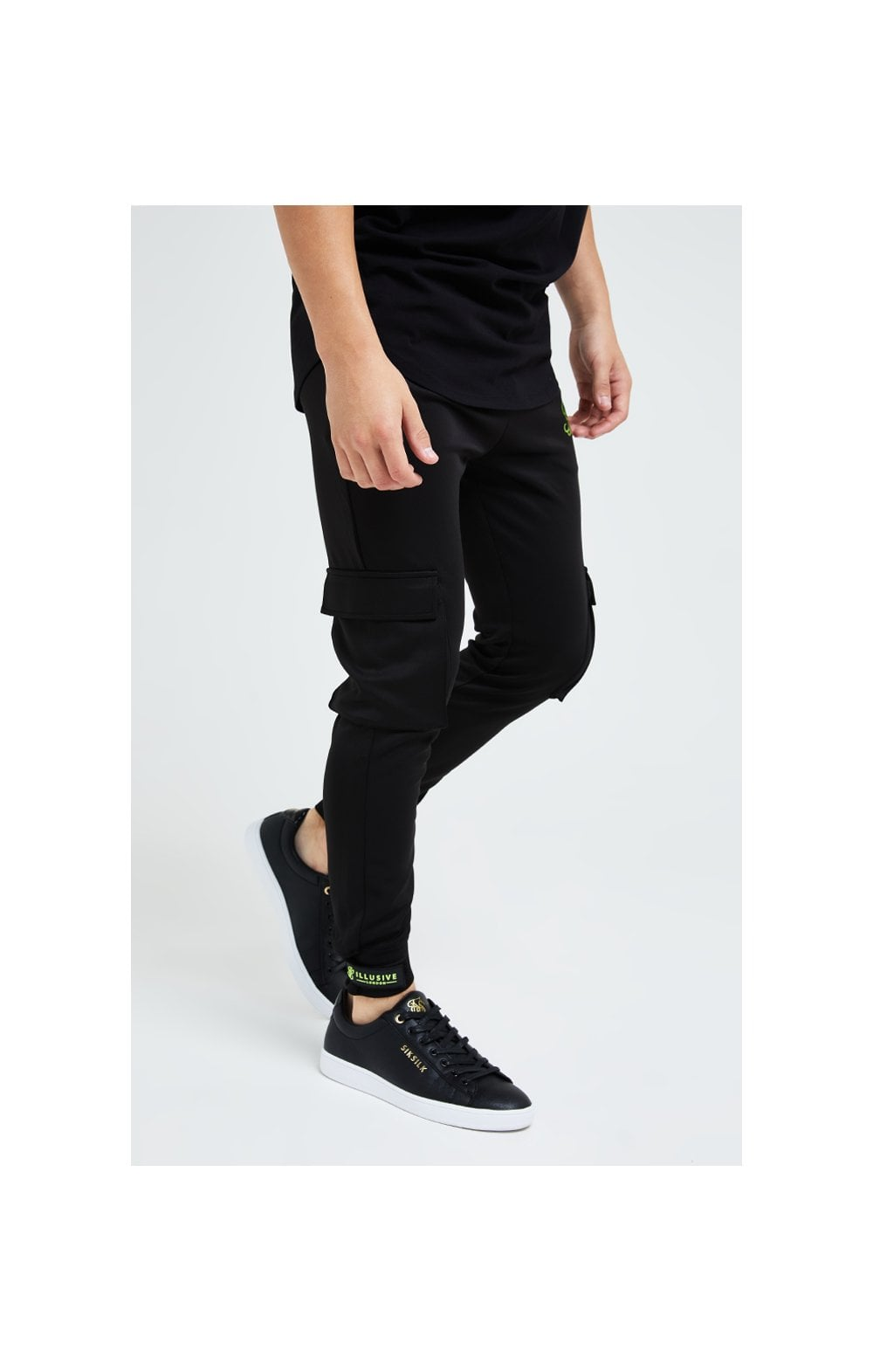 Illusive London Element Cargo Joggers - Black & Green (3)