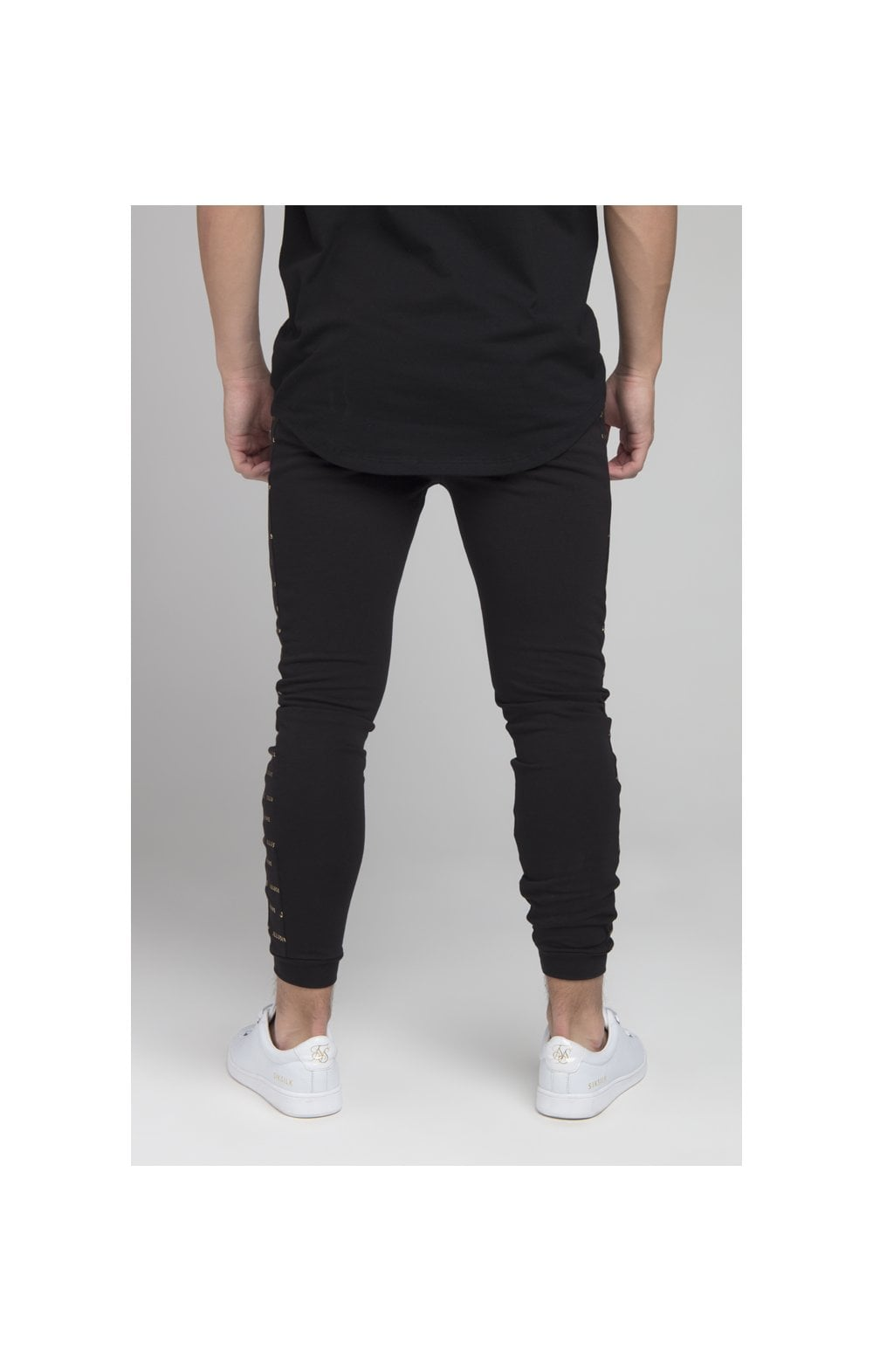 Load image into Gallery viewer, Illusive London Panel Jogger - Black (2)