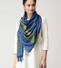 Load image into Gallery viewer, Blue Green GosButa Handloom Eri Silk Stole - Arteastri