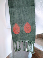 Load image into Gallery viewer, Handloom Grey Red Cotton Bengal Jamdani Stole - Arteastri