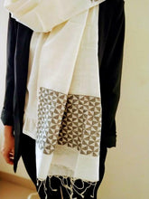 Load image into Gallery viewer, Handloom Ivory Black Silk Cotton fringed Stole - Arteastri