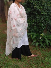 Load image into Gallery viewer, Pristine White Linen Kantha Work Dupatta - Arteastri