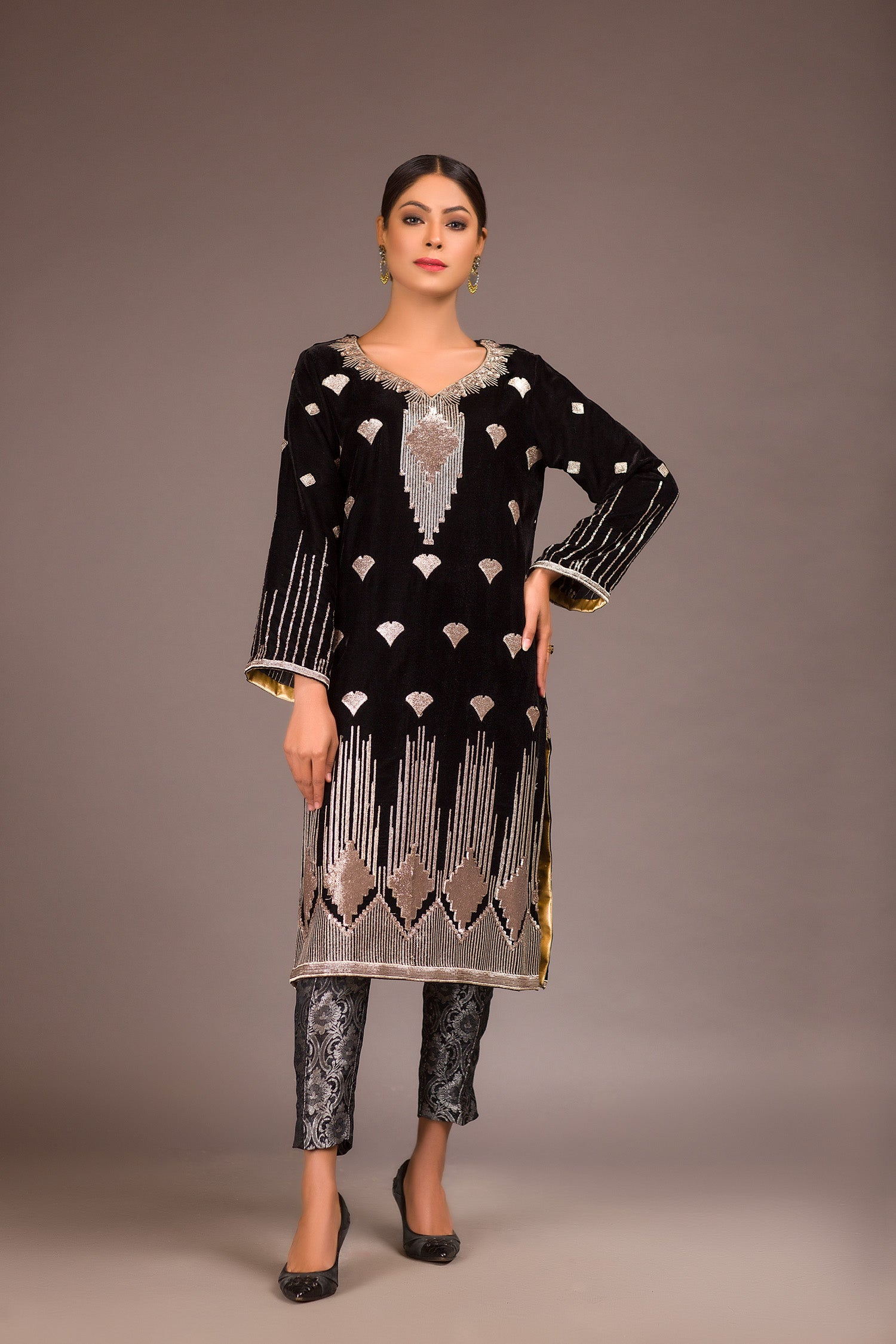 Marin Black - Embroidered Velvet Unstitch Kurti