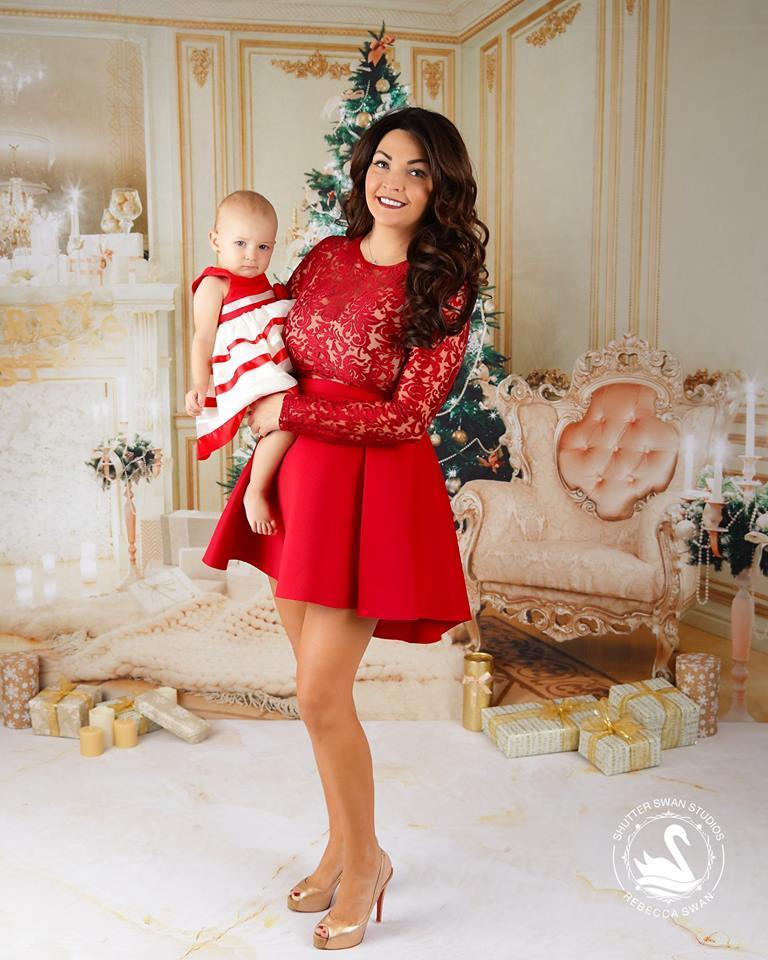 Load image into Gallery viewer, Kate Christmas luxury clean interior Backdrop for holiday session