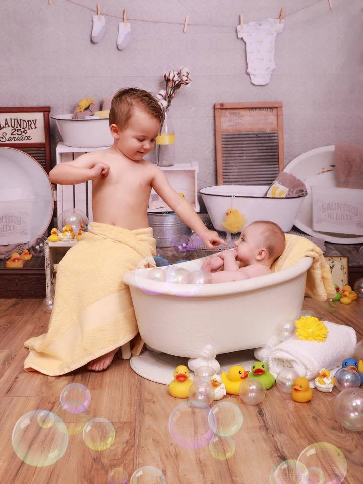 Load image into Gallery viewer, Kate Bath Time Baby Backdrop Summer Rubber Ducks and Bubbles Photos Designed by Erin Larkins