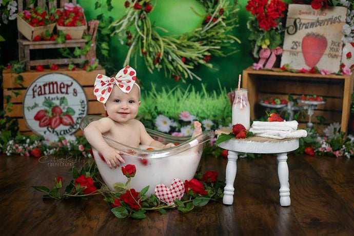 Kate Spring Strawberry and White Flower Green Leaves With Banners Birthday Backdrop for Photography