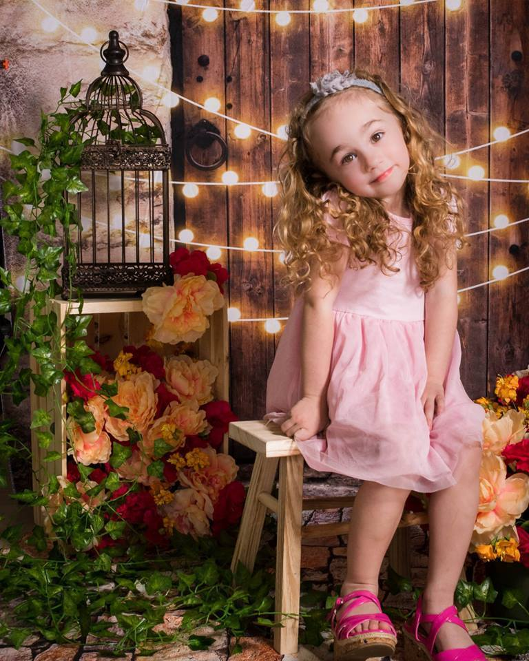 Load image into Gallery viewer, Kate Vintage Wall and Door with Lights Children Backdrop for Children Designed by JFCC