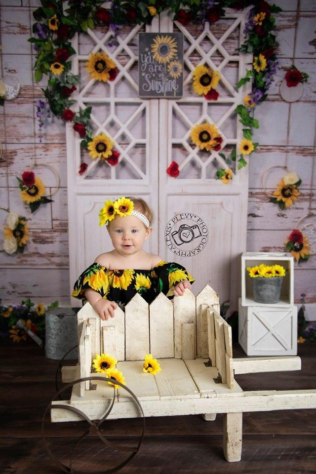 Load image into Gallery viewer, Kate You Are My Sunshine Summer Sunflower Mother's Day Backdrop Designed by Stacilynnphotography