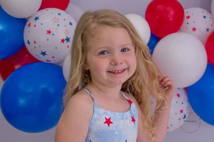 Kate Balloons Fourth of July Backdrop Designed By Alisha Byrem