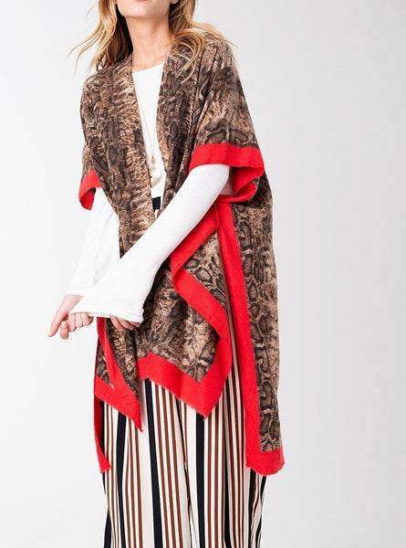 Kimono with snake print and contrast lined border